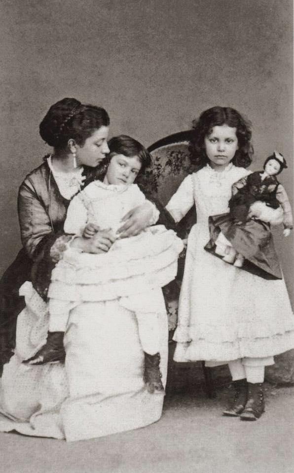 Lina, Aurore et Gabrielle Sand
